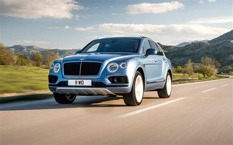 bentley suv comparison bentley bentayga mulliner 2018 vs