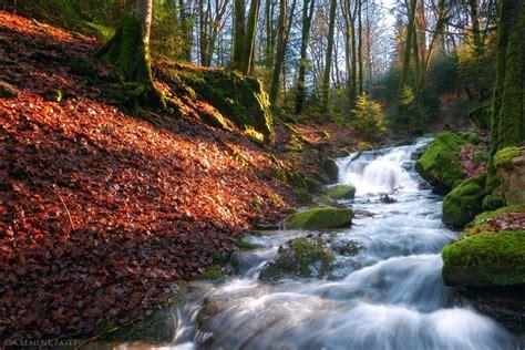 Top 30 Beautiful water falling wallpapers in hd