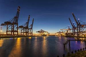 Hamburg embarks on smart port project - Smart Cities World