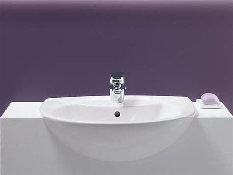 odeon semi recessed sink    centers