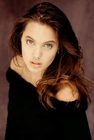 Angelina Jolie Age 16