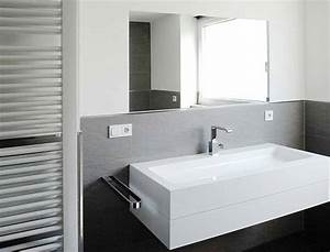 Badezimmer Grau Weiß : badezimmer fliesen wei anthrazit badezimmer bad pinterest badezimmer baden und ~ Markanthonyermac.com Haus und Dekorationen