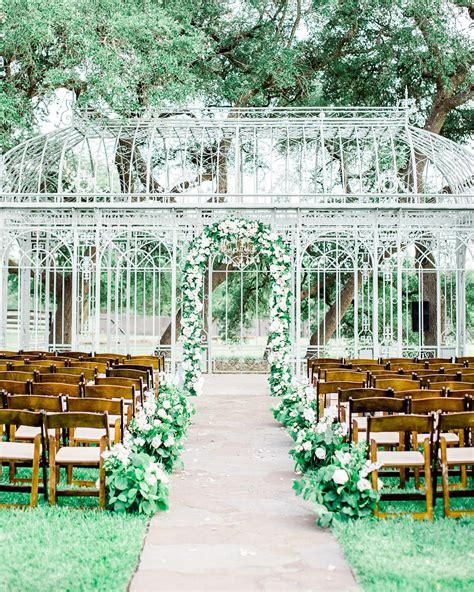 unique extraordinary wedding venues  austin