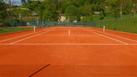 constructeur  renovateur de courts de tennis en terre battue