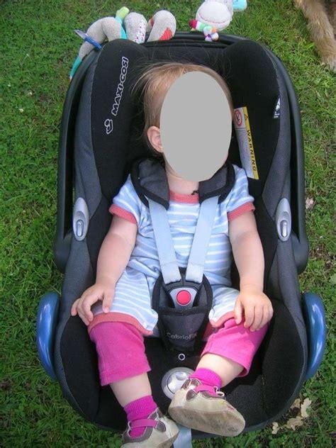 siege auto etroit choix siège auto pour ma fille de 1 an 76cm 10kg
