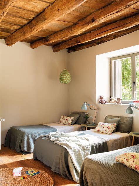 el cuarto de los ninos en  dormitorios bedrooms