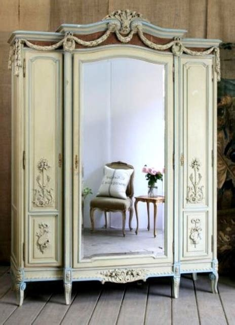 beautiful vintage closets youll    leave