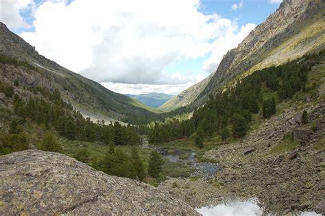 Valle En Forma De U U Shaped Valley Qazwiki