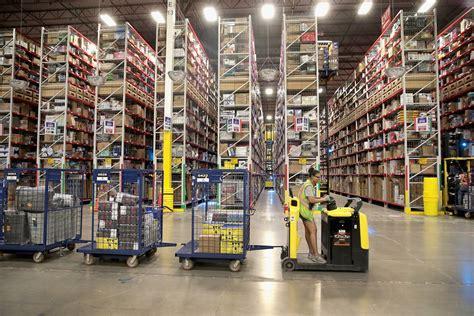 amazon melbourne location   warehouse step