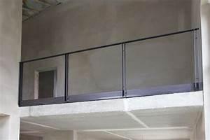 Treppengeländer Mit Glas : treppengel nder und br stungsgel nder mit einem ~ Markanthonyermac.com Haus und Dekorationen