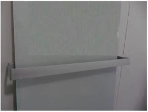 infrarot heizkörper bad infrarotheizung mit handtuchhalter infrarotheizung infothek ir experten gmbh