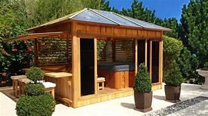 abri de spa en bois pour amenager son espace bien etre With idees amenagement jardin exterieur 10 gazebo et abri soleil des idees pour jardin avec piscine