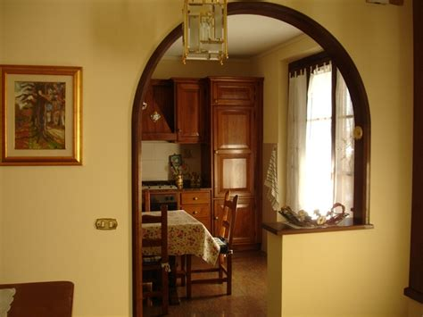 arco cucina soggiorno agriturismo villa montecarlo lucca toscana