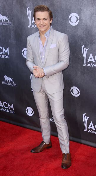 blake shelton height in feet hunter hayes height