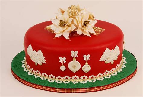 christmas cake the perfect christmas gift frosted dream cakes
