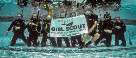 scuba diving girl scout troop girl scouts