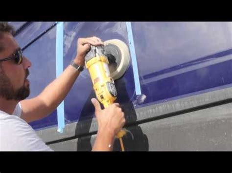 Best Boat Wax Uk by How To Buff And Wax A Boat Doovi