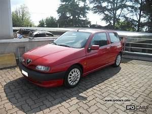 Alfa Romeo 145 : alfa romeo 145 1 8 t spark photos and comments ~ Gottalentnigeria.com Avis de Voitures