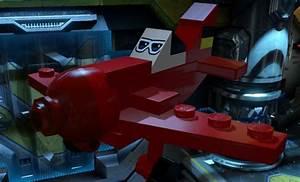 Plastic Man Flies in Lego Batman 3: Beyond Gotham - TheHDRoom