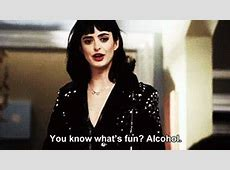 Krysten Ritter Dont Trust The B In Apartment 23 GIF Find