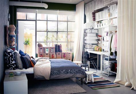 Modernes Schlafzimmer Mit Kleideraufbewahrung