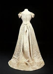 1893 princess mary39s wedding dress back grand ladies gogm With queen mary wedding dress