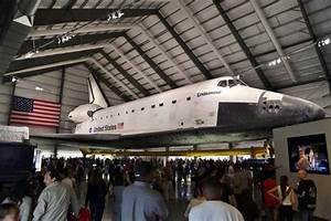 Space Shuttle Endeavour in The California Science Center ...