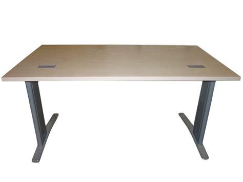 panier bureau bureau bois clair occasion 140x80 adopte un bureau