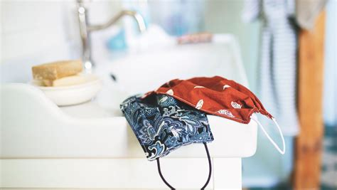 wash homemade cloth face masks huffpost canada life