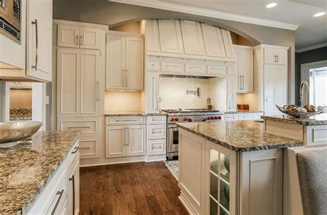 antique beige kitchen cabinets beige granite countertops colors styles designing idea 4074