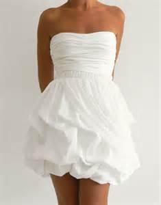 robe de mariã e bustier location robe courte a bustier et jupe a volants en accordeon pour mariage cocktail