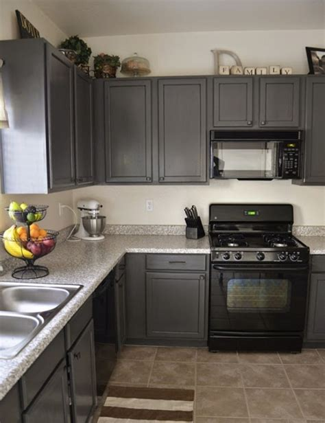 pictures of kitchen cabinets painted gray charcoal grey kitchen cabinets