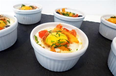 cuisine à la cocotte oeufs cocotte à la provençale la recette facile par toqués 2 cuisine