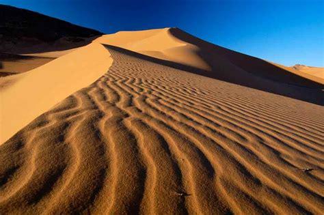 Risultati immagini per deserti   Trip, Travel, Dune