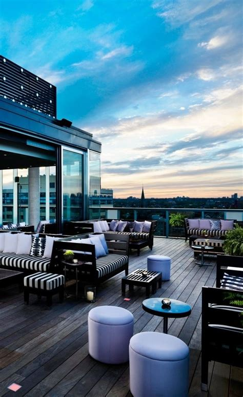 thompson toronto toronto canada design en  bar sur le toit toiture terrasse  design