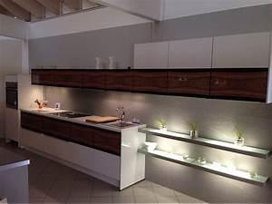 Küchen Mit Glasfront : nobilia musterk che mit glasfront ausstellungsk che in halle von k chentreff halle ~ Watch28wear.com Haus und Dekorationen