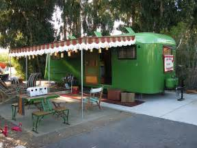 trailerama the world of vintage travel trailers
