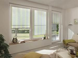 Plissee Mit Sonnenschutz : plissee und wabenplissee raumgestaltung peucker ~ Markanthonyermac.com Haus und Dekorationen