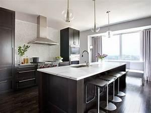 Kitchen Idea 3 Dark Floors Dark Cabinets White Counter