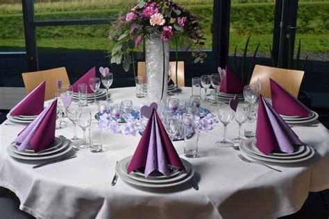 exemple deco table ronde mariage d 233 coration de table mariage en 28 id 233 es pour la table ronde