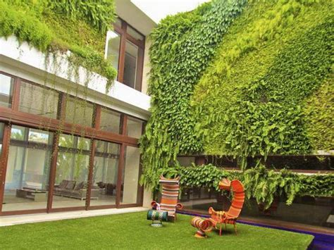 Of The Most Beautiful Outdoor Living Wall Ideas