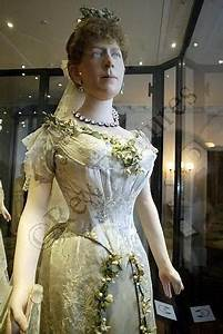 princess victoria duke and for her on pinterest With queen mary wedding dress