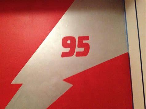 Lightning Mcqueen 95 Logo And Lightning Bolt