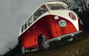 Combi Vw Hippie : hippie vans vw red volkswagen combi van bus wallpaper 1680x1050 vans flower power love ~ Medecine-chirurgie-esthetiques.com Avis de Voitures