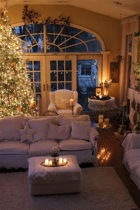 pretty  breathtaking christmas candle decoration ideas   merriest christmas