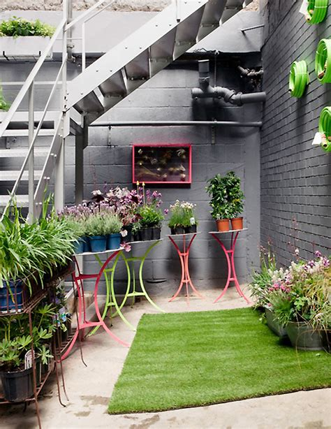 balcony gardener and squint pop up garden shop at
