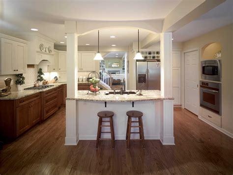 exquisite kitchen features  island   paneled