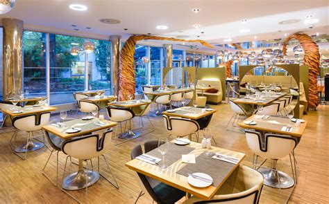 seating and your guests restaurant cafe ingarden noodels restaurant cafe hotel grandium prague Restaurant