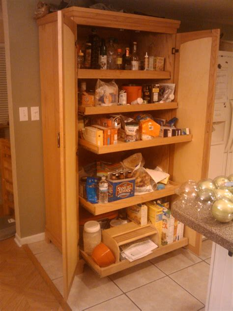 kitchen cabinet pantries freestanding kitchens on 19 pins 2663