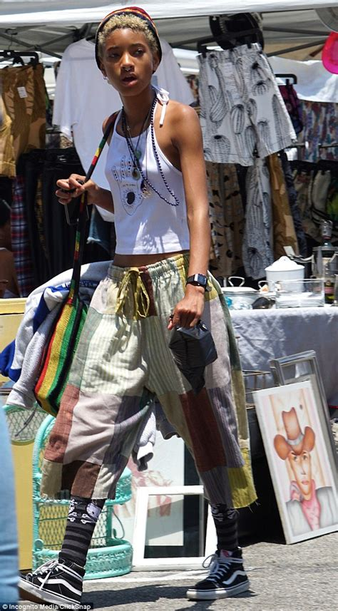 willow smith wears  nose ring paired  rasta